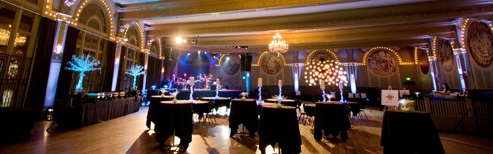 <h3 >Crystal Ballroom</h3>